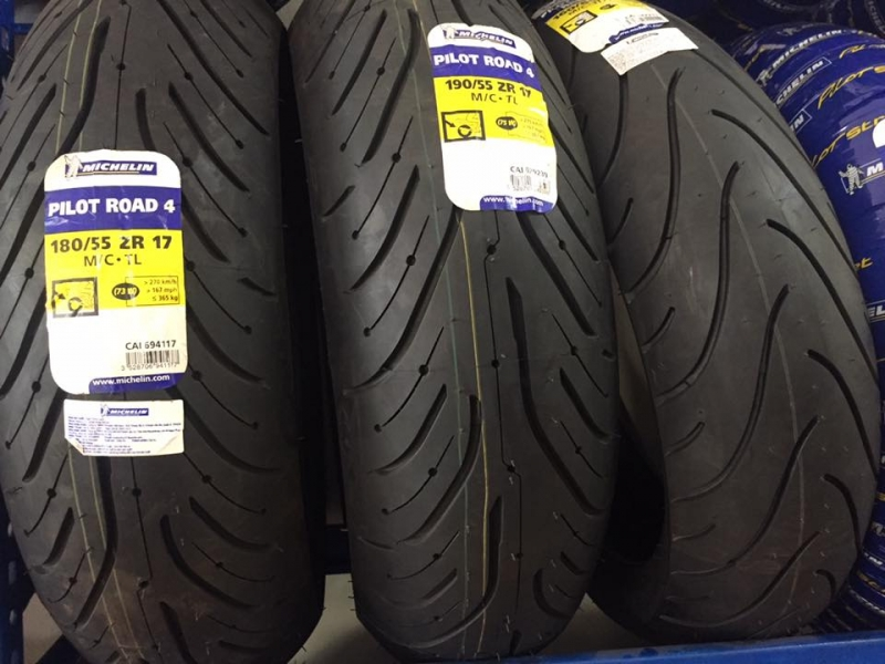 lop-xe-may-michelin