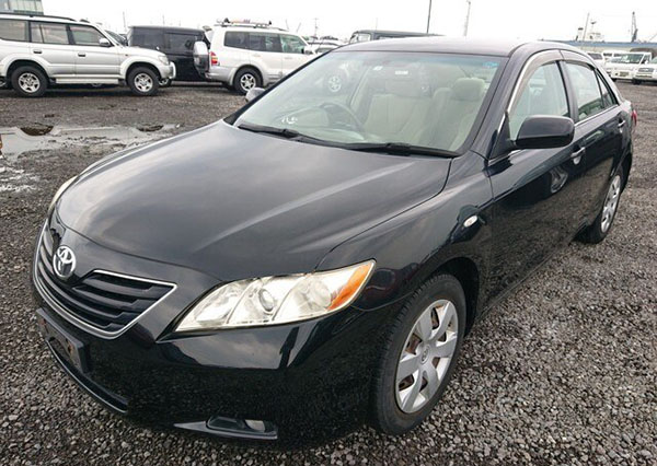 xe-o-to-Toyota-Camry